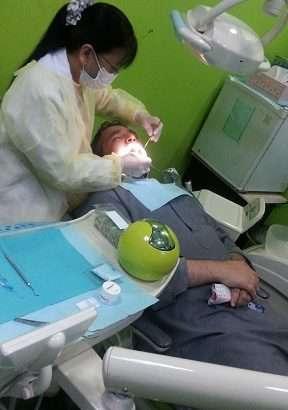دكتورة انيه سونتس اخصائية اسنان بمستوصف نون